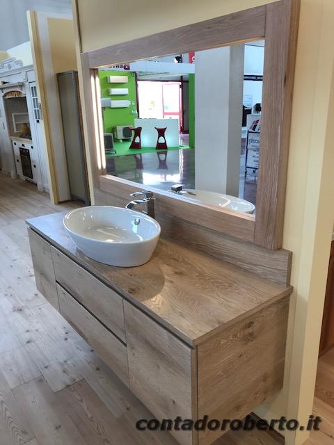 Bagno moderno in legno di rovere nodato contado roberto - Bagno moderno legno ...
