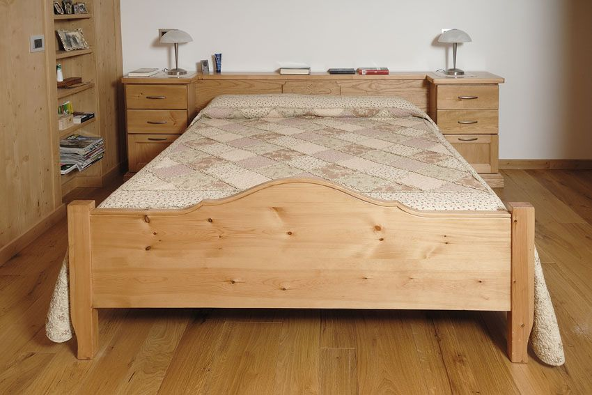 Camera da letto chalet contado roberto group cucine e arredamenti su misura in legno - Camera da letto legno ...