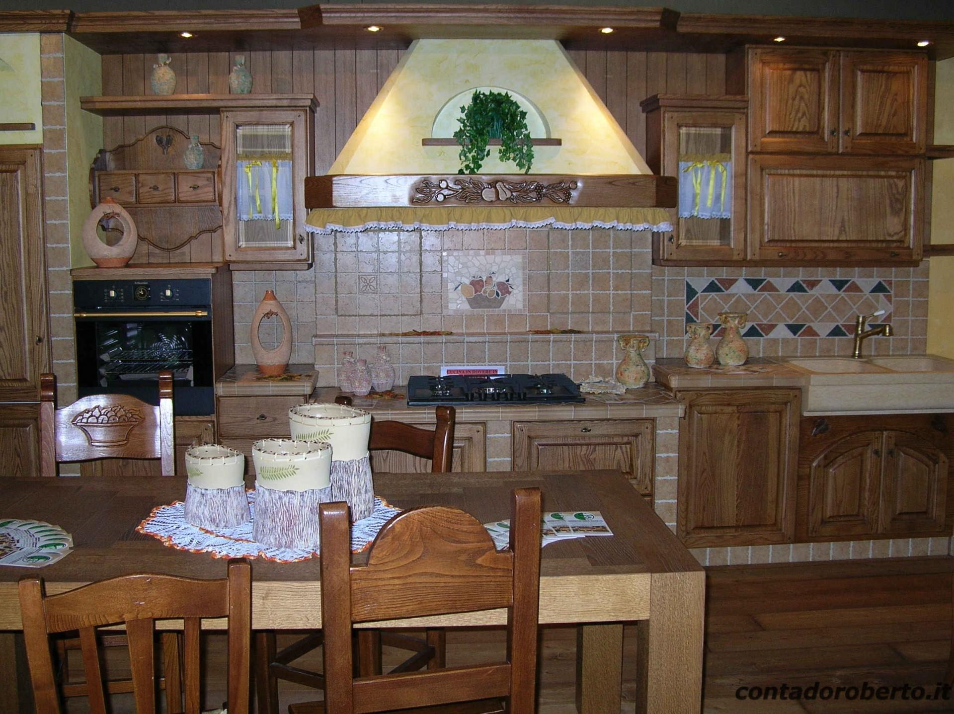 Cucina in muratura la contadina contado roberto group cucine e arredamenti su misura in legno - Cucine particolari in muratura ...