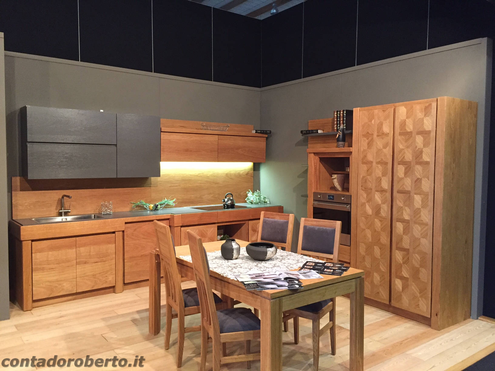 https://www.contadoroberto.it/cms-contents/uploads/cucina-moderna-in-rovere-naturale-manerba.jpg
