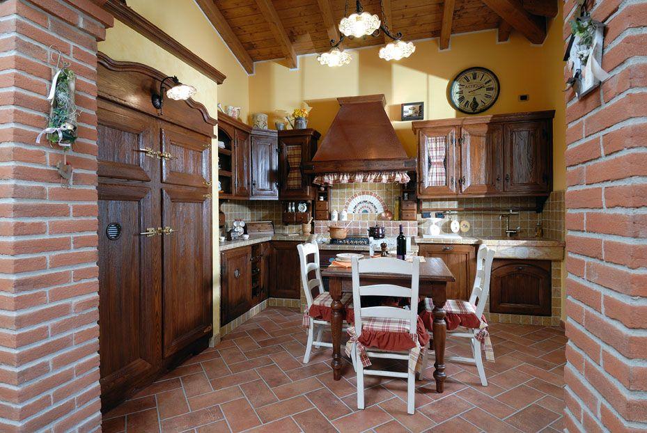 Cucina in muratura sabbiata campagnola contado roberto for Manerba mobili