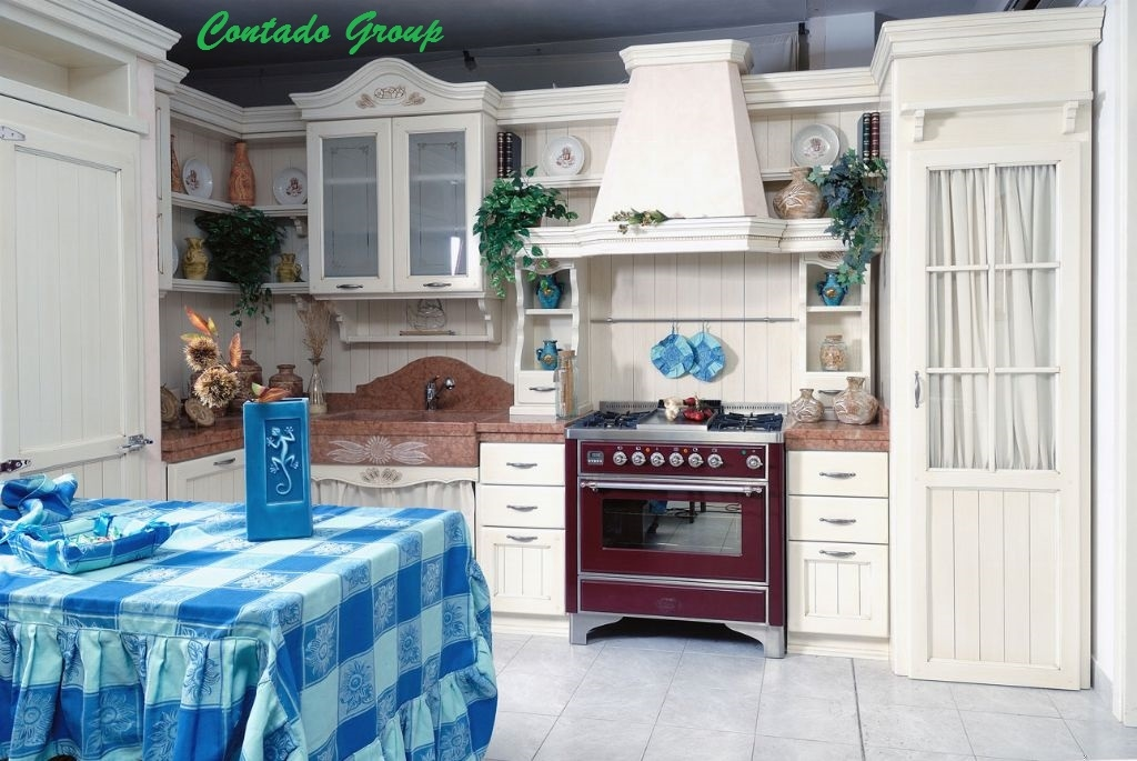 Cucina country girasole contado roberto group cucine e for Manerba mobili