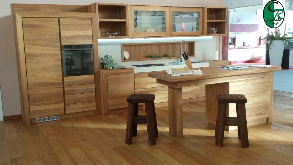 Cucina moderna in legno oliato naturale contado roberto group cucine e arredamenti su misura - Mobili legno naturale ...