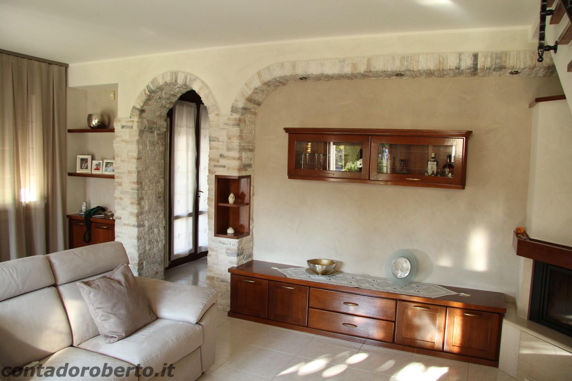 Soggiorno in Legno con Camino | Contado Roberto Group | Cucine e ...