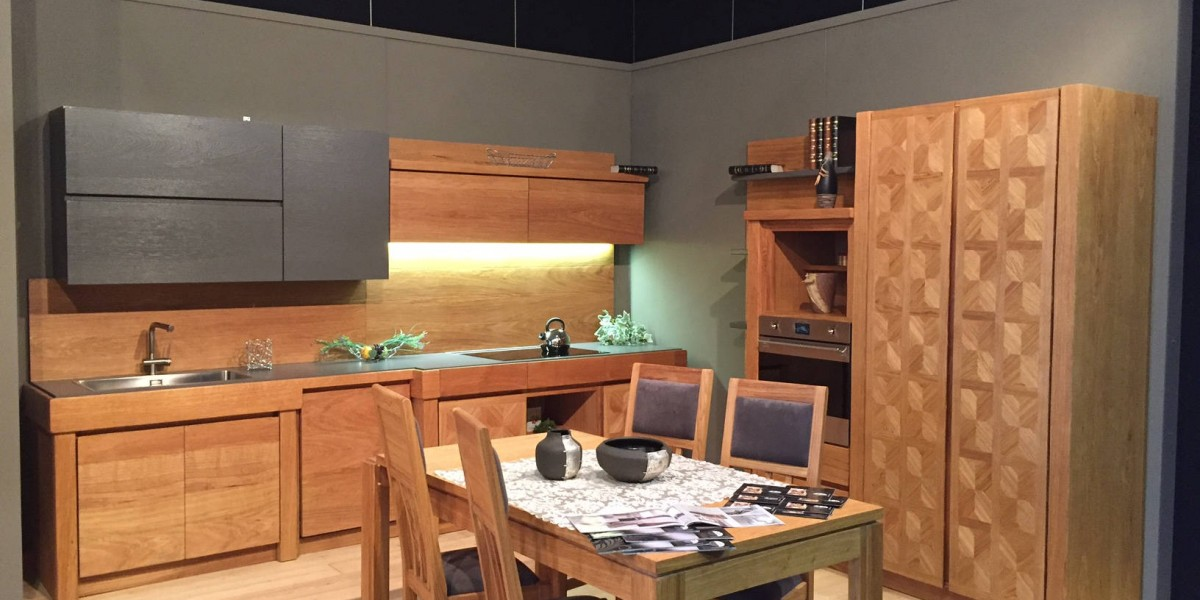 cucina-moderna-in-rovere-naturale-manerba.jpg